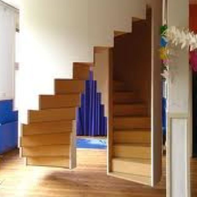 Best Suspended Dual Staircase Neat Stairs Design 640 x 480