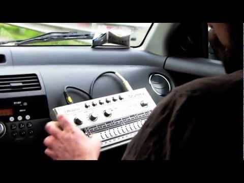 "#Roland #TR606 #TB303 ""car amp test"""