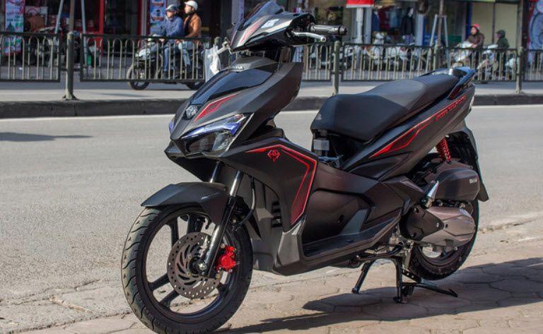 Đánh giá xe Honda Air Blade 2018 Smartkey về màu sắc và giá bán 1