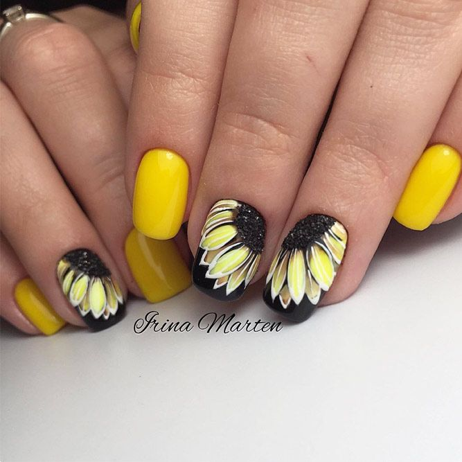 Eye-Catching Designs for Fun Summer Nails ☆ See more: http:// - 24 Eye-Catching Designs For Fun Summer Nails Fleur Pinterest