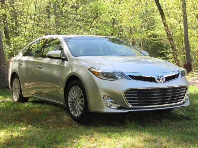 2013 Toyota Avalon Hybrid: Gas Mileage Drive Report