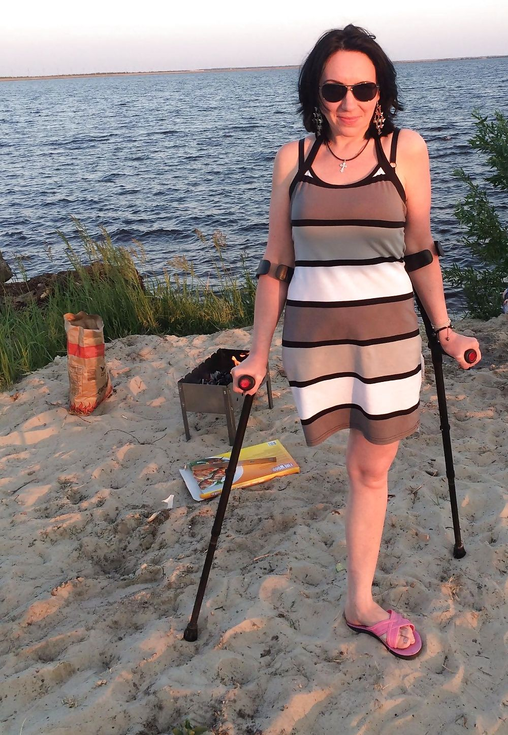 Amputee On Crutches With Images Amputee Lady Amputee Leg Braces