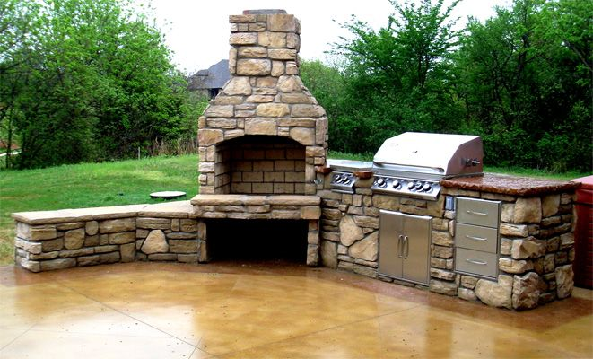 Image gallery outdoor kitchens fireplaces for Outdoor kitchen designs with fireplace