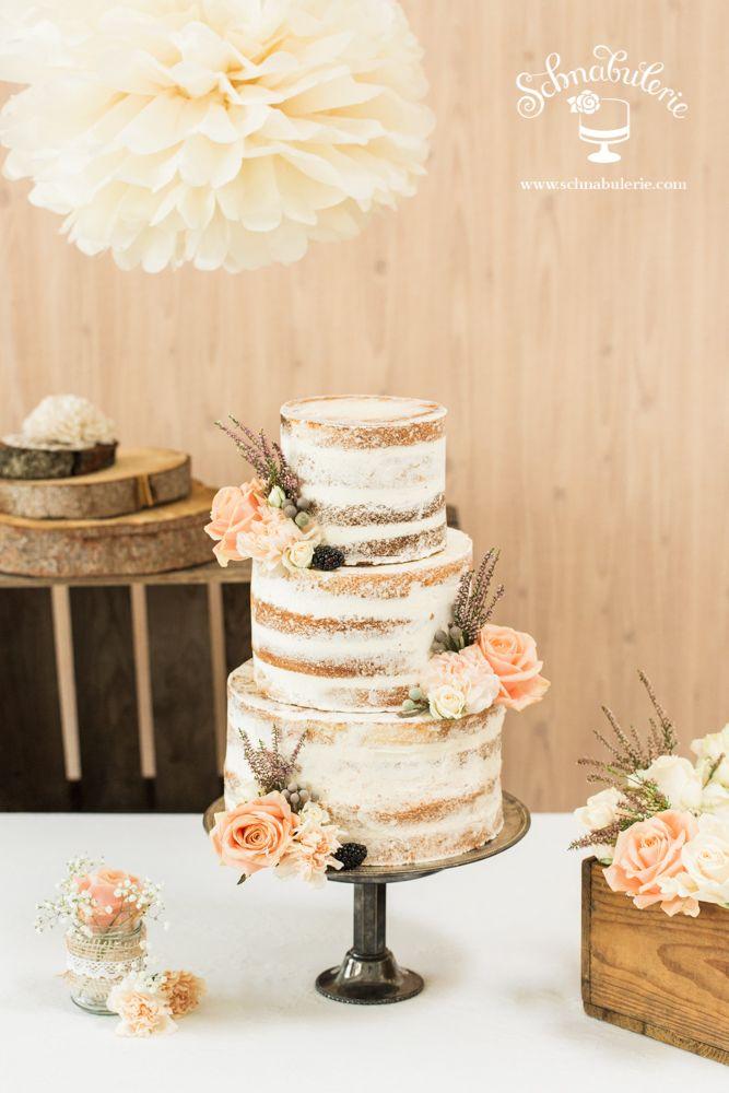 vintagerie ein naked cake mit zart verstrichener creme optik und frischen my wedding. Black Bedroom Furniture Sets. Home Design Ideas