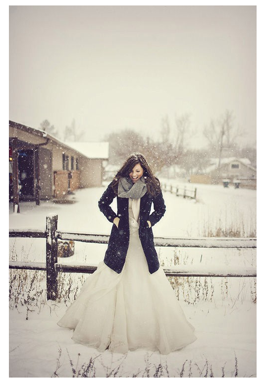 I don't want to get married in the winter but I'm obsessed with this.