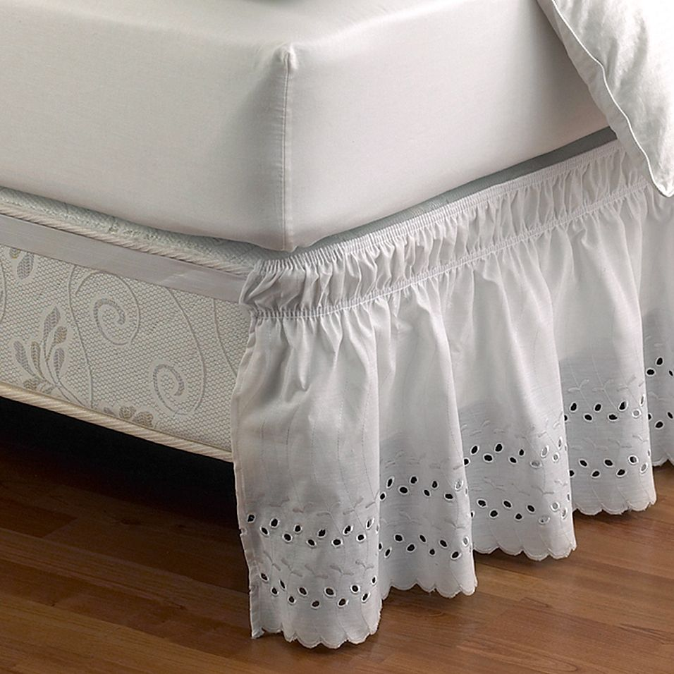 Ruffled Eyelet Queen/king Bed Skirt In White in 2020