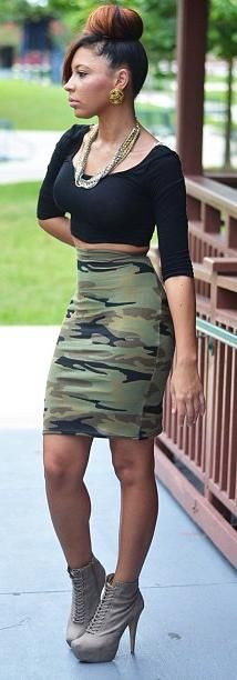 7f8e37d4dbd55 Love the camouflage skirt | hotties 2.0 | Camo outfits, Outfits ...