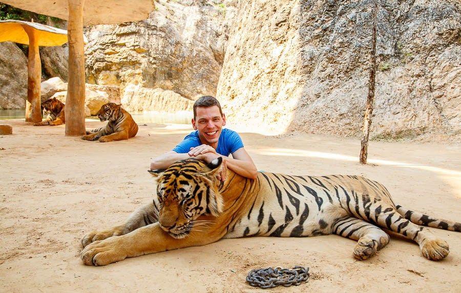 رحلة نهر كواى ومعبد النمر, River Kwai Tour ,Tiger Temple