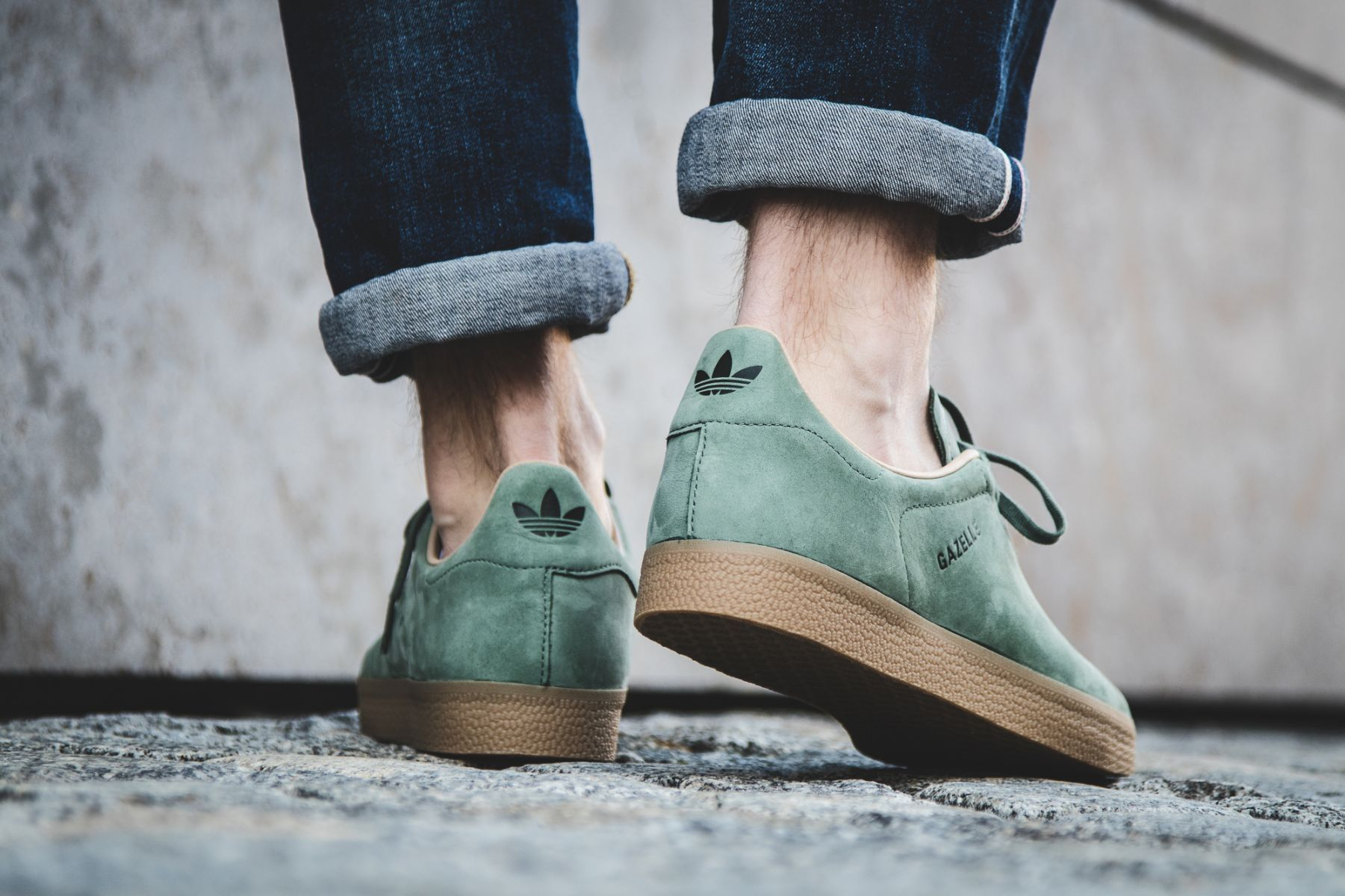 adidas originals gazelle decon trainers in green