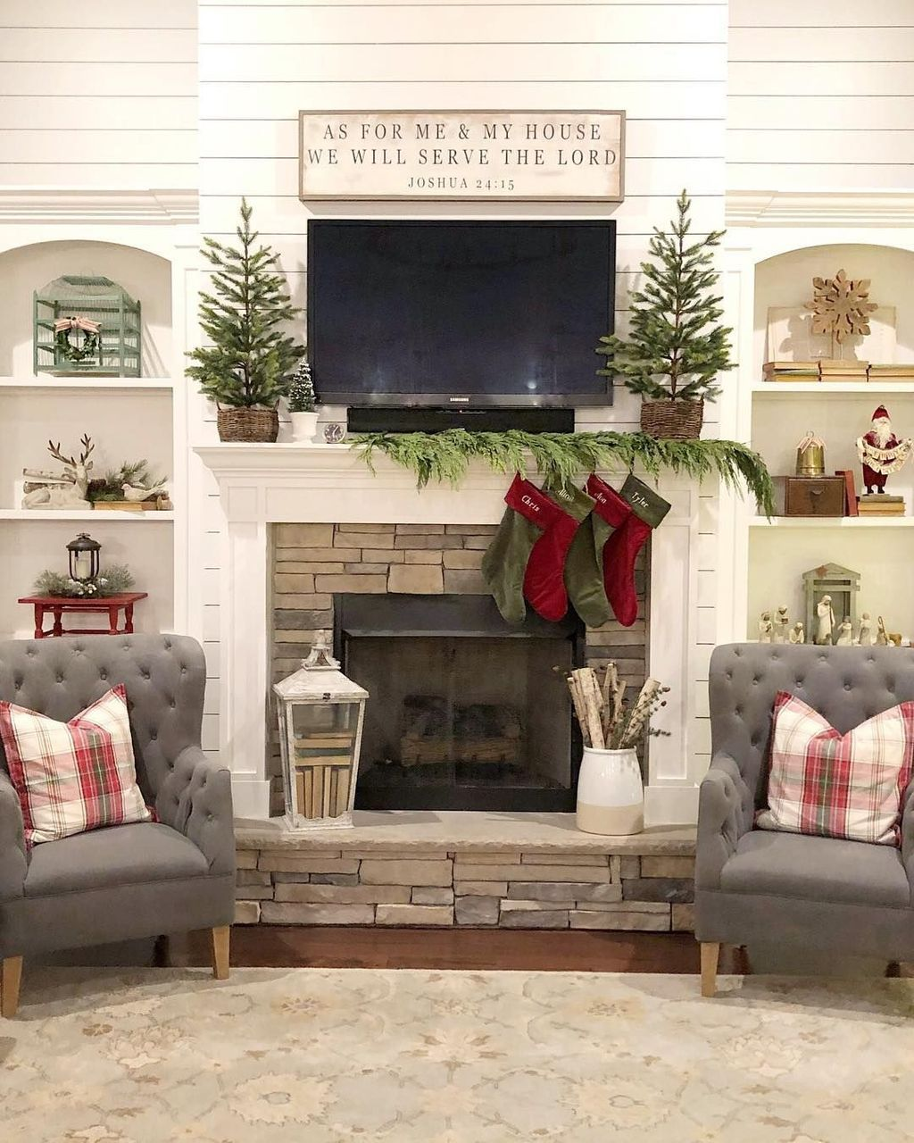33 popular christmas fireplace mantel decorations that you