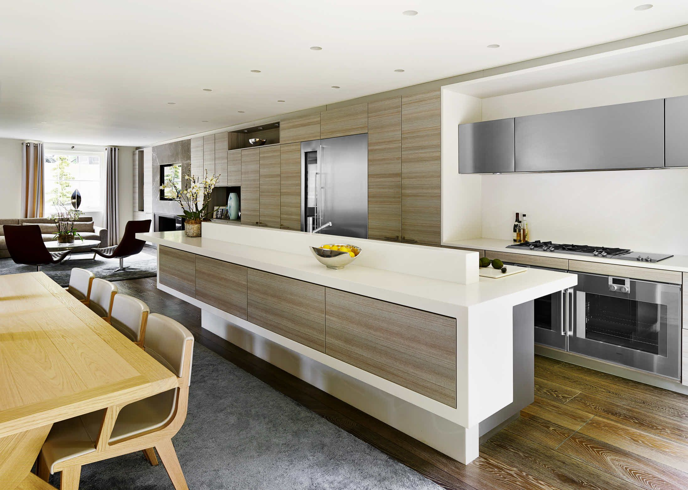 Beautiful The Poggenpohl +SEGMENTO Units And Cabinets Extend The Full Length Of One  Wall, With