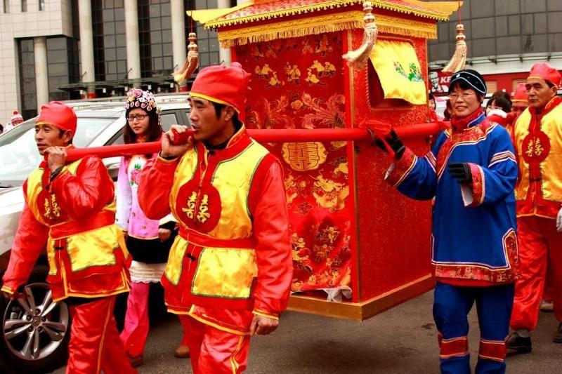 Chinese Wedding Sedan Chinese Wedding Traditional Wedding Chinese Culture