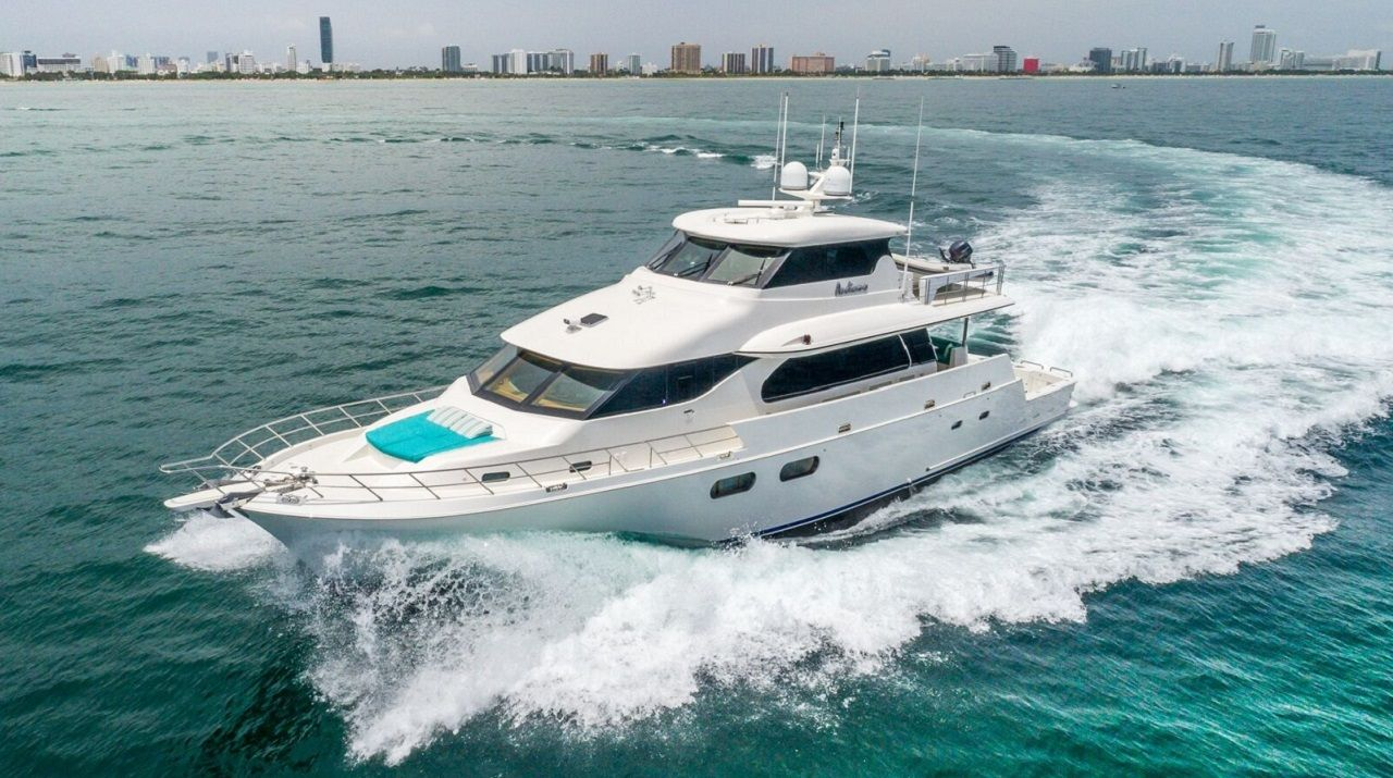 andiamo is italian for let s go and with this 92 symbol motor yacht that s exactly what you ll do whether it s snorkeling in 2020 yacht charter yacht lauderdale pinterest