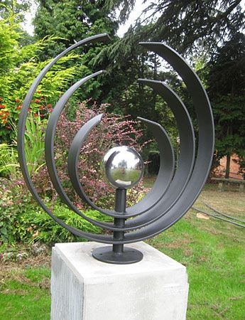 Garden Sculpture By Paul Margetts 정원 예술 정크 아트 예술품