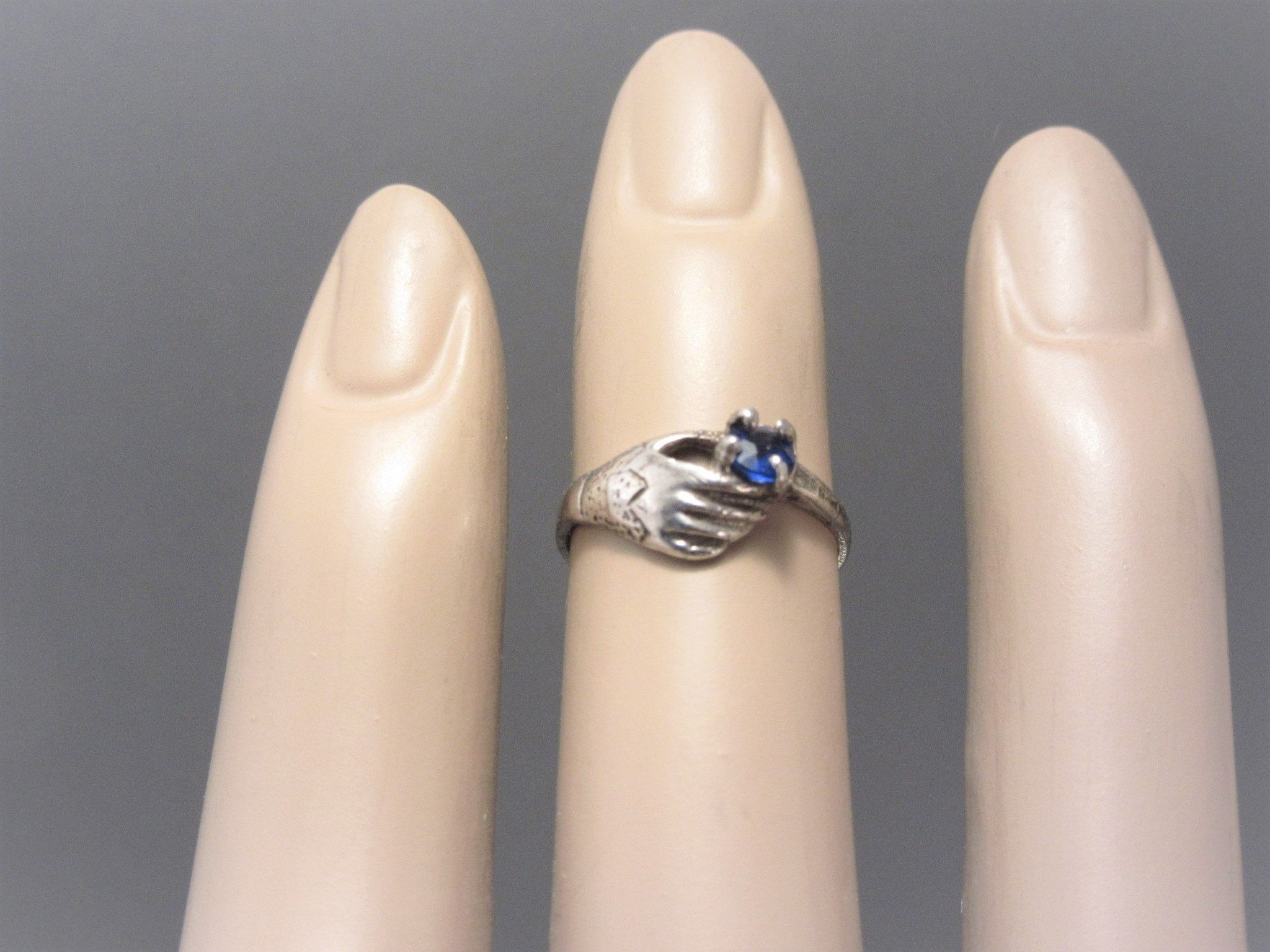 Vintage Sterling Hand Holding Blue Stone Midi Ring Size 2 By Darsjewelrybox On Etsy Victorian Jewelry Sapphire Color Blue Stone