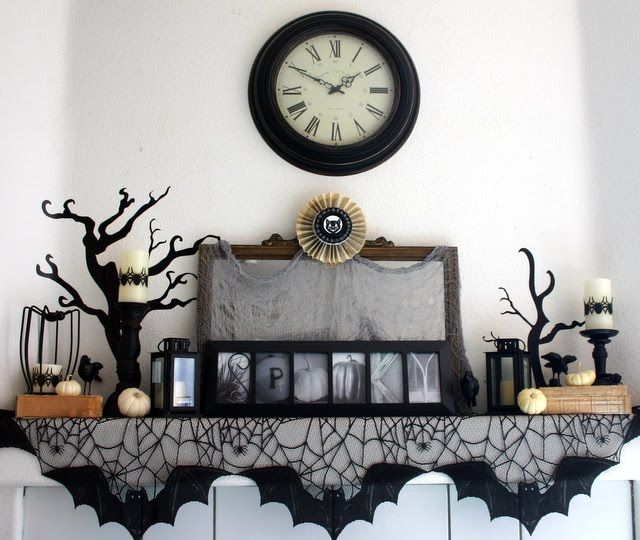 Twenty Halloween Mantel {and more} Decorating Ideas! Mantels
