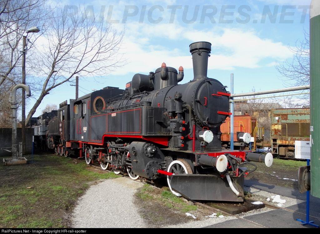 51 144 Hz Hrvatske Zeljeznice Jz 51 At Zagreb Croatia By Hr Rail Spotter Zagreb Croatia Railroad Photos