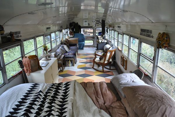 tusk the blue bird school bus conversion school bus house pinterest wohnmobil camper und. Black Bedroom Furniture Sets. Home Design Ideas
