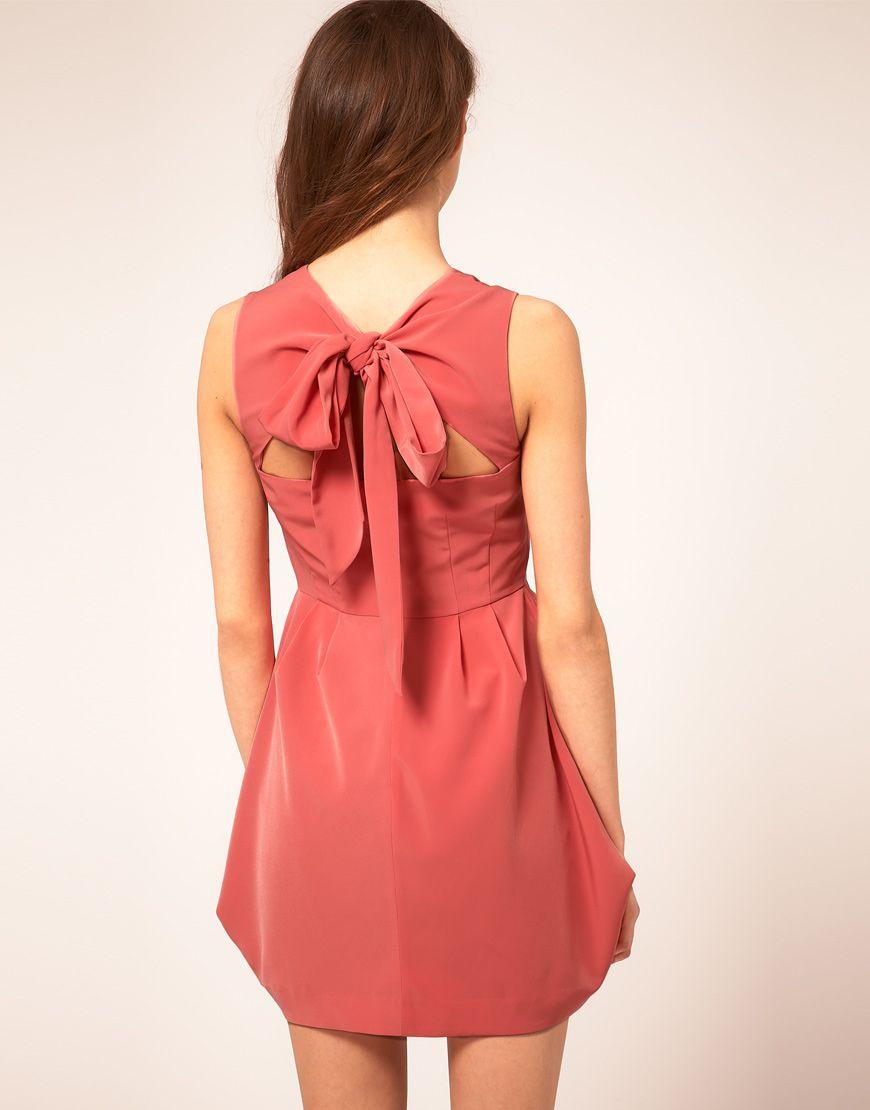Tulip Dress With Tie Neck