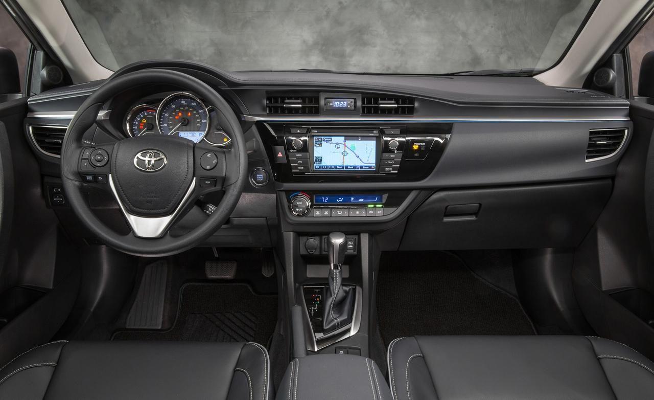 2014 toyota corolla cabin interior