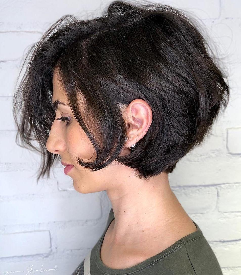 25 Badass Short Shag Haircuts That Will Be Everywhere In 2020 In 2020 Short Shag Haircuts Shag Haircut Short Thick Wavy Hair