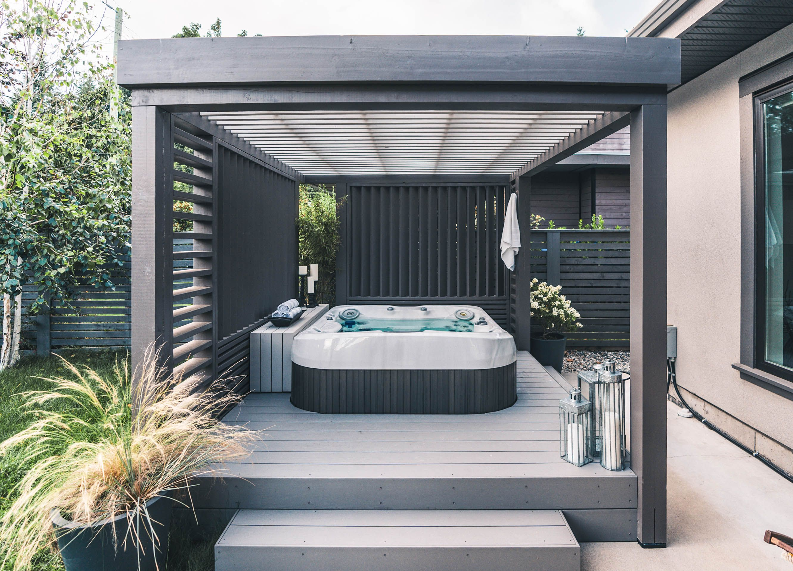 15++ Hot tub enclosure and privacy screen inspirations