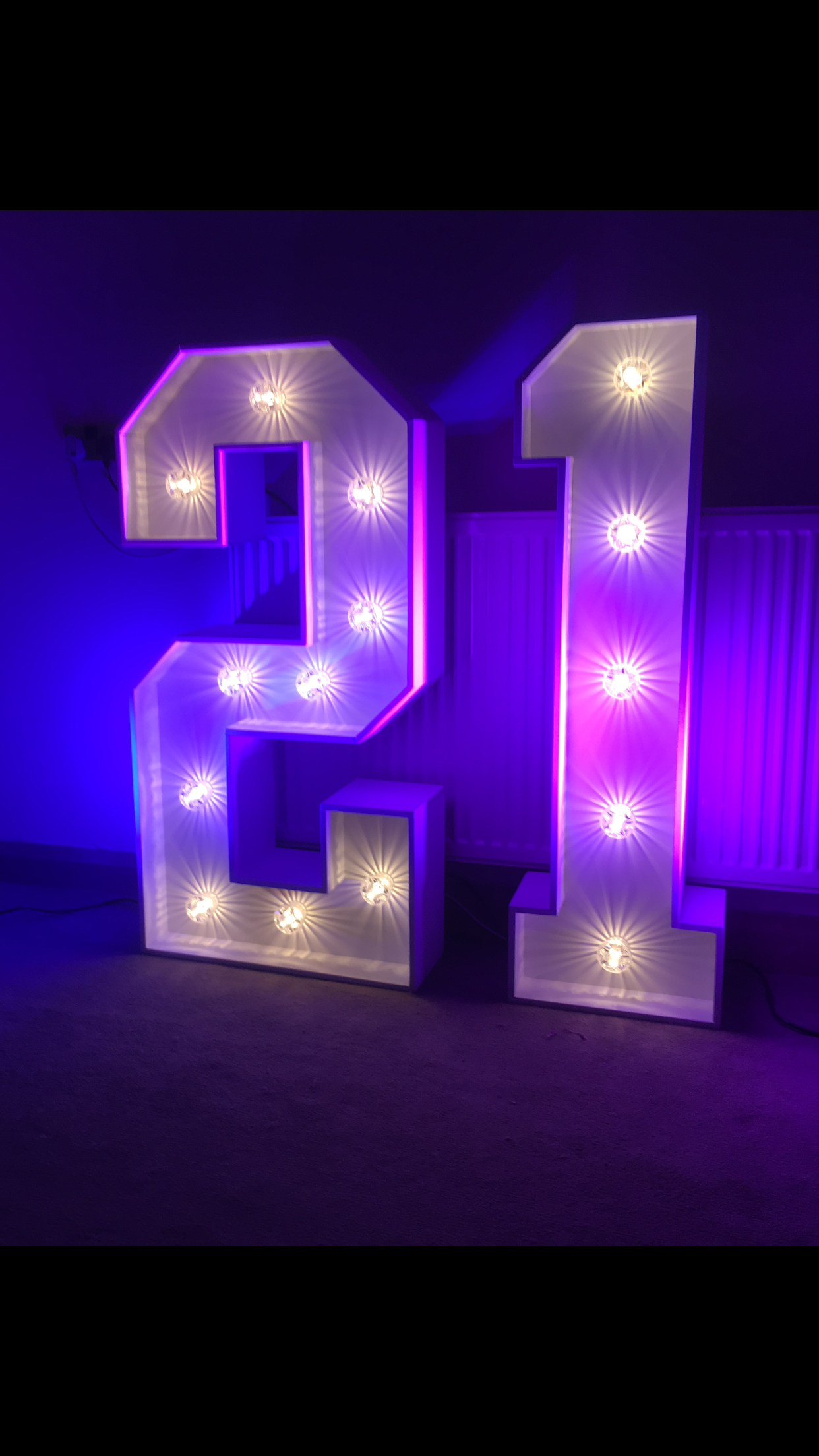 Giant Light Up Number 21 For 21st Birthday Celebrations At Gravesend Kent 16th Birthday Decorations 21st Birthday Decorations Birthday Venues