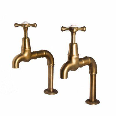 http://www.sinks.co.uk/images/69/Bewdley-Deck-Crosshead-WBrass_2.jpg