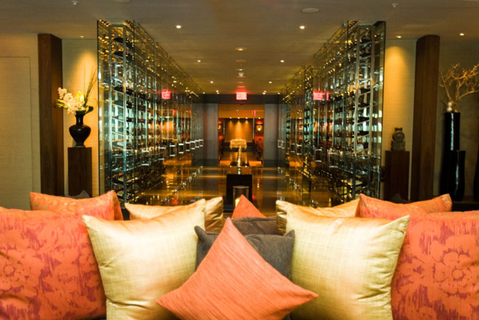 A Contemporary New Kosher Restaurant At The Setai Wall Street Reserve Cut Features An Asian Decor And Menu With French Fusion Dishes
