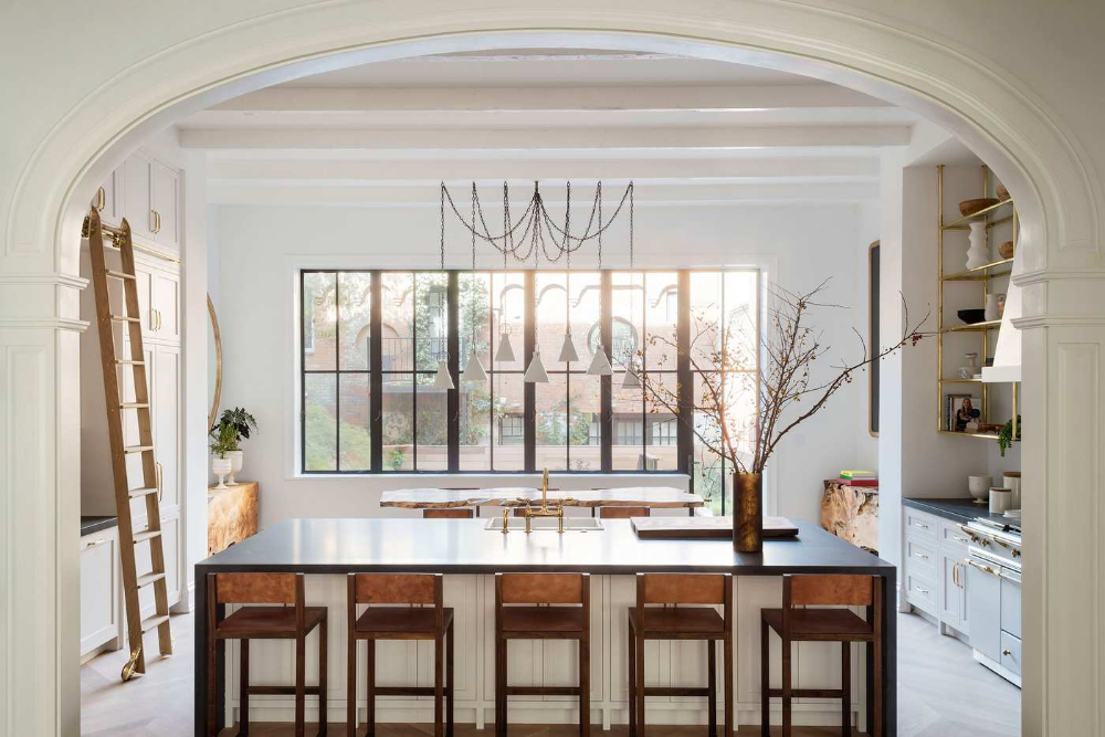A Radically Rehabbed Brooklyn Heights Townhouse Townhouse Designs Brownstone Interiors Brooklyn Heights