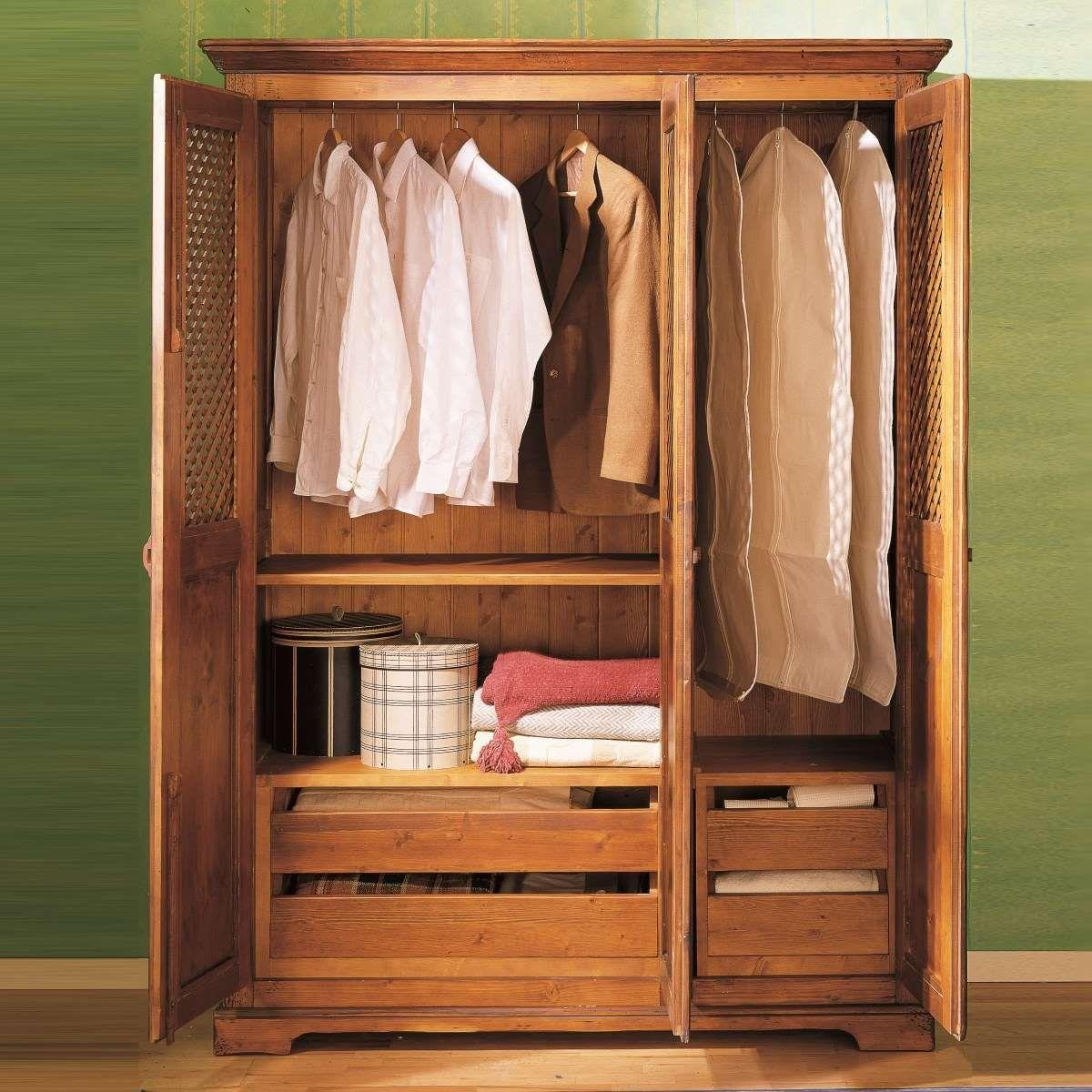 Armario r stico de madera en tres puertas ecor stico dormitorio ideas madera armarios y - Armarios tres puertas ...