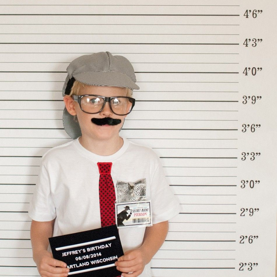 Detective Sleuth Mystery Birthday Mug Shot Backdrop