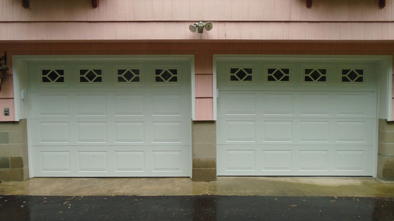 Thermacore 194 Series With Waterton 1 Windows Commercial Garage Doors Door Installation Outdoor Decor