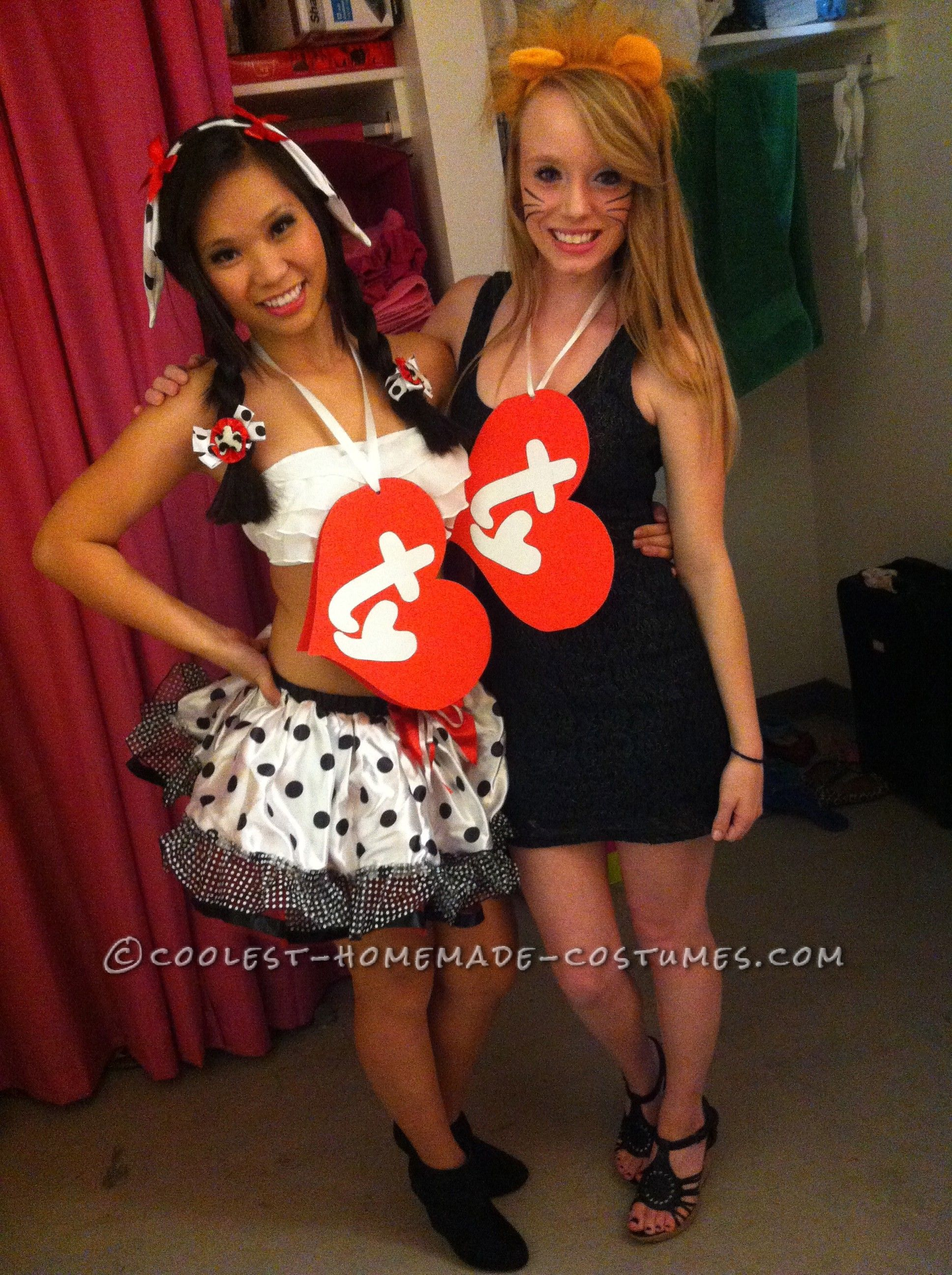 Last-Minute Beanie Babies Couple Costume (for