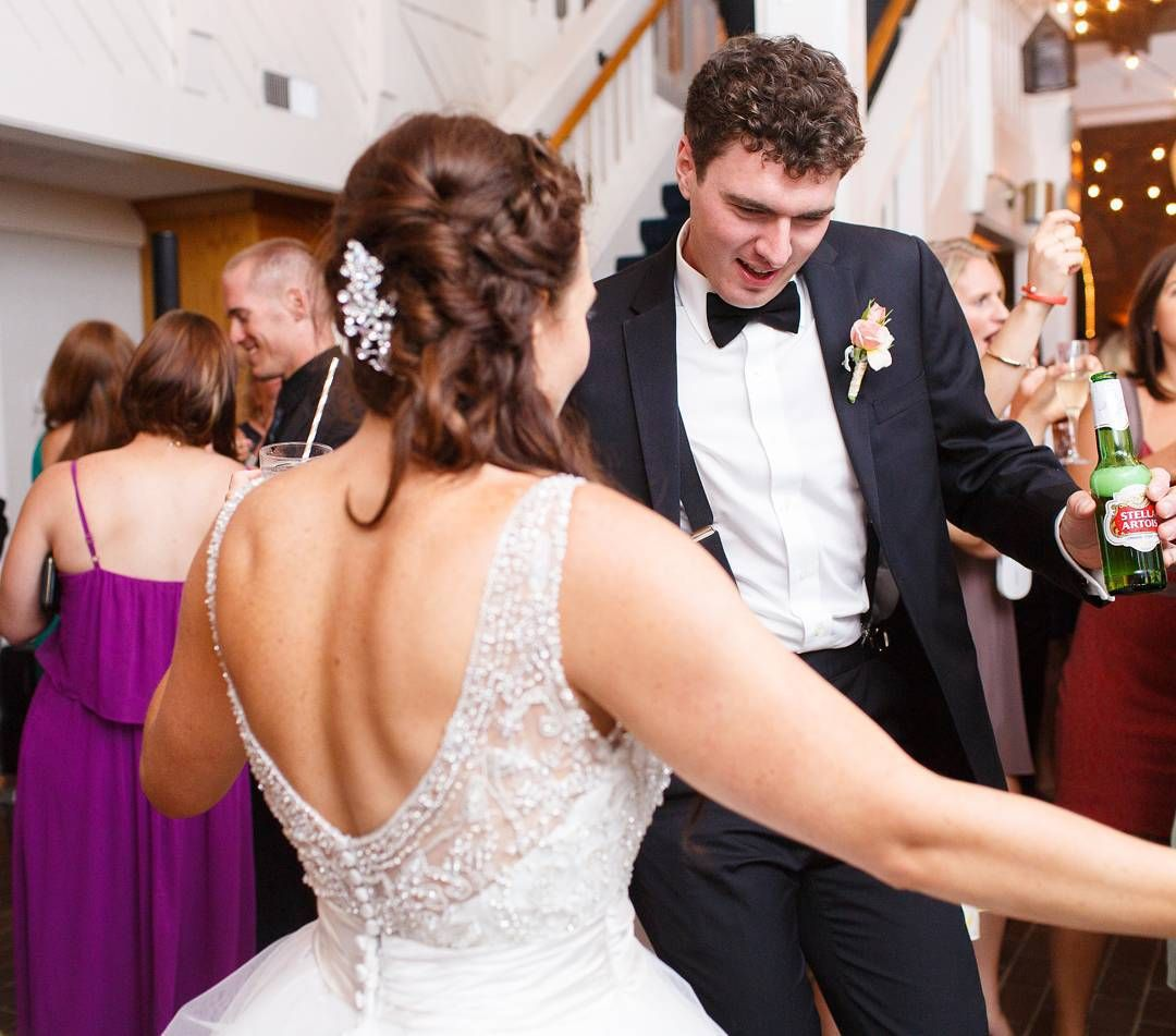 fabulous vancouver wedding It's New Year's Eve & we hope you are able to spend the night dancing, dining & merry-making with those you love most!    Photo courtesy of D&C bride & photographed by @katienesbittphoto. by @davieandchiyo  #vancouverwedding #vancouverwedding
