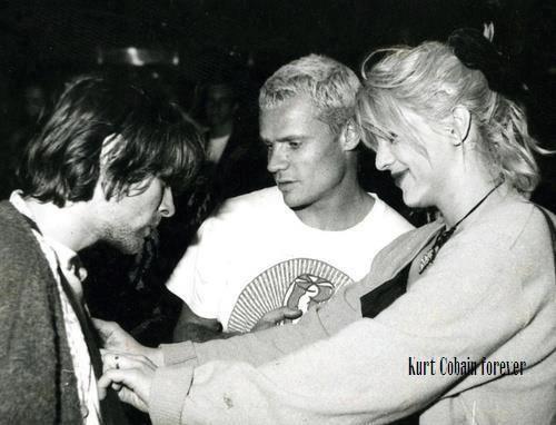 Kurt Courtney And Flea In Hollywood Rock 1993 In Rio De Janeiro