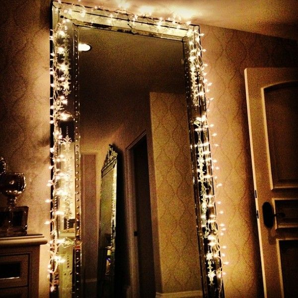 bedroom mirrors with lights around them kendall jenner cozy for holidays decorations home sweet 20275 | 59b94b11b2879e4a80406244bf298511