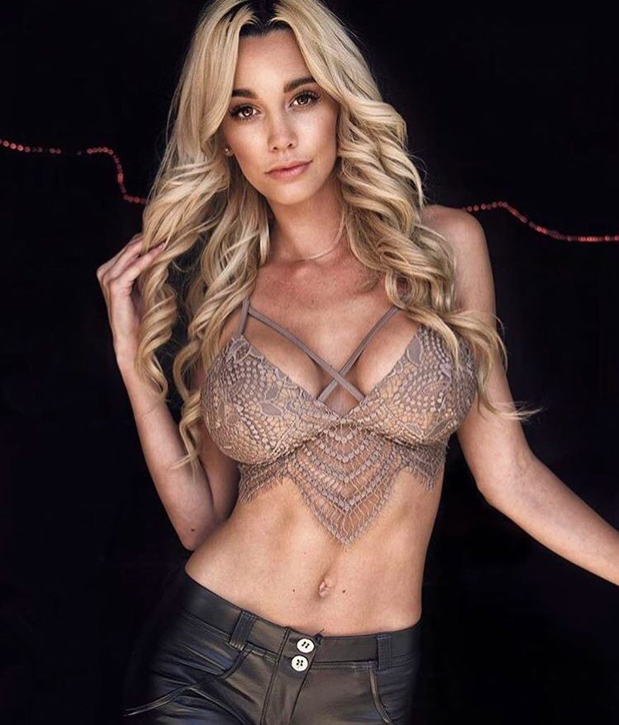 Celebrites Caitlin Arnett naked (44 photos), Sexy, Is a cute, Instagram, lingerie 2019