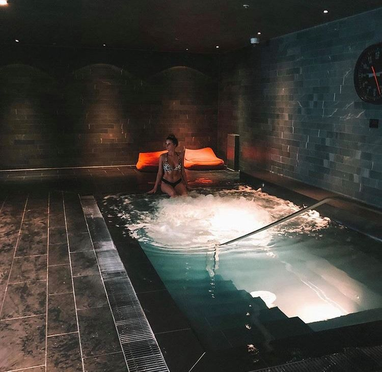 Cheshire Spa Break For 2 With Valentine S Option Spa Breaks Best Western Spa