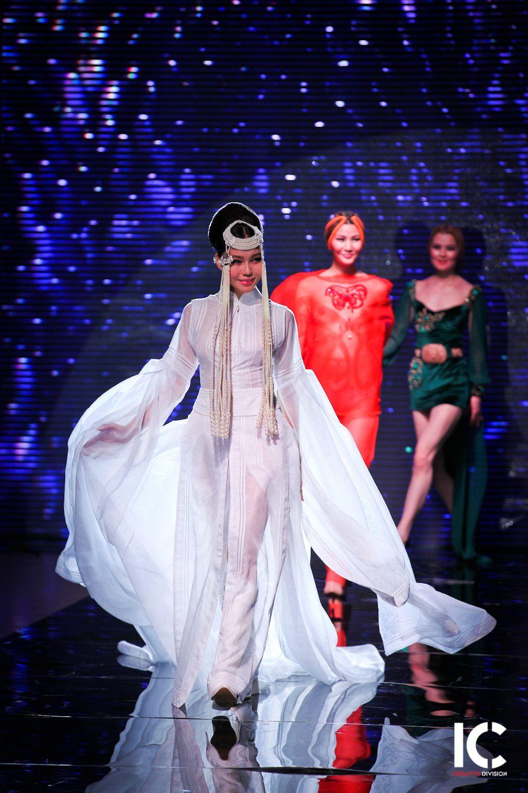 Top model Odgerel, omg she's 46 years old! Mongolian