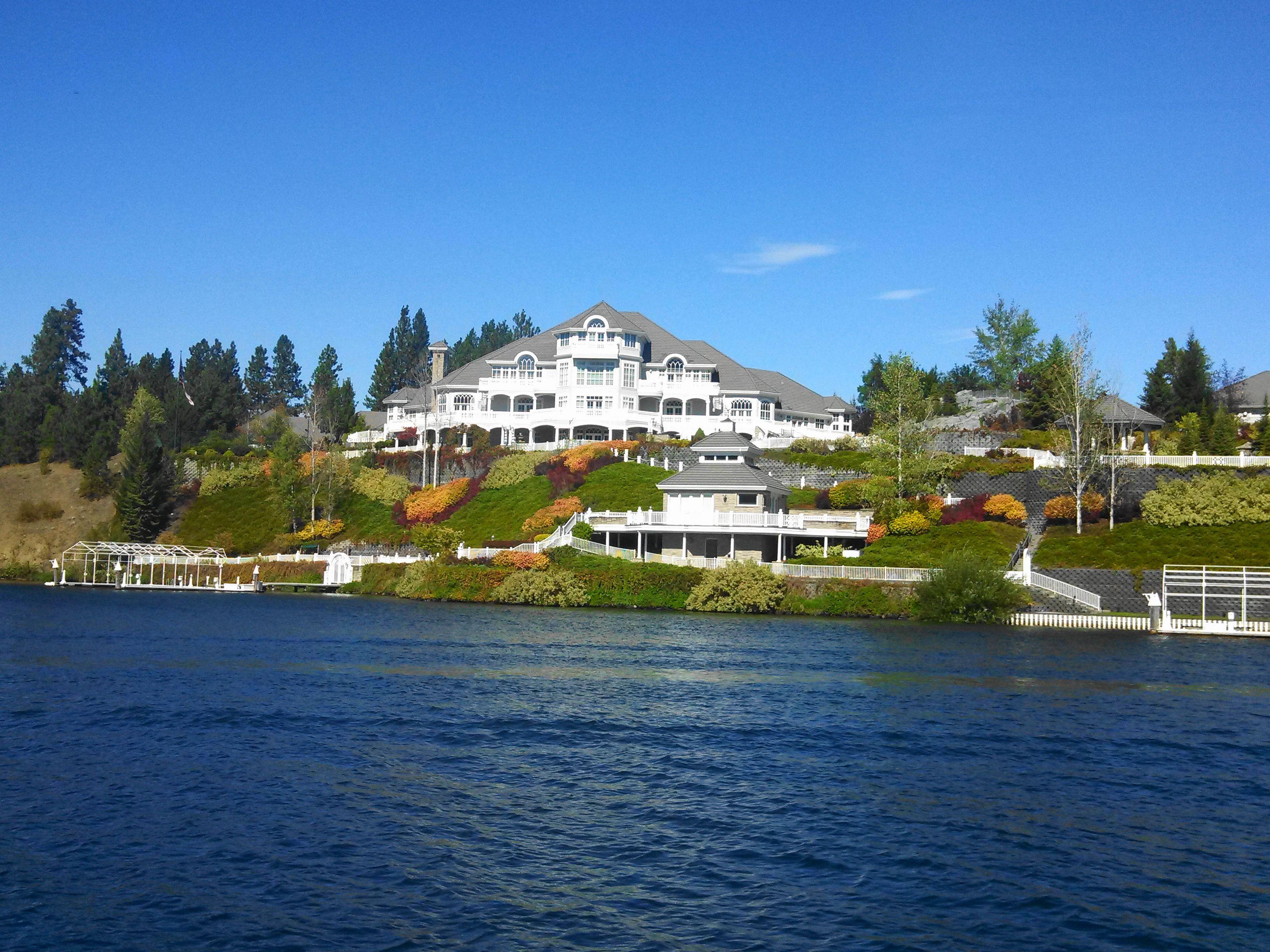 Pin By Dennis C Wheeler On Rving Northwestern United States Mansions Lakefront Living Spokane River