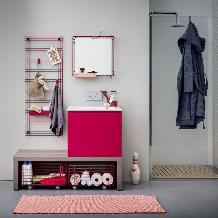 Nice bathroom shelves: ‹Acqua e sapone› designed by Monica Graffeo for ‹Birex›.