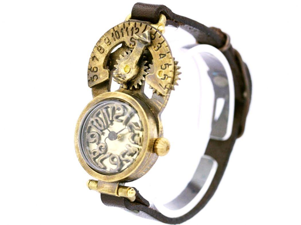 a3d495db4b 日時計付き手作り腕時計 古代と現代のコラボのようなデザイン: 廃墟・SF ...