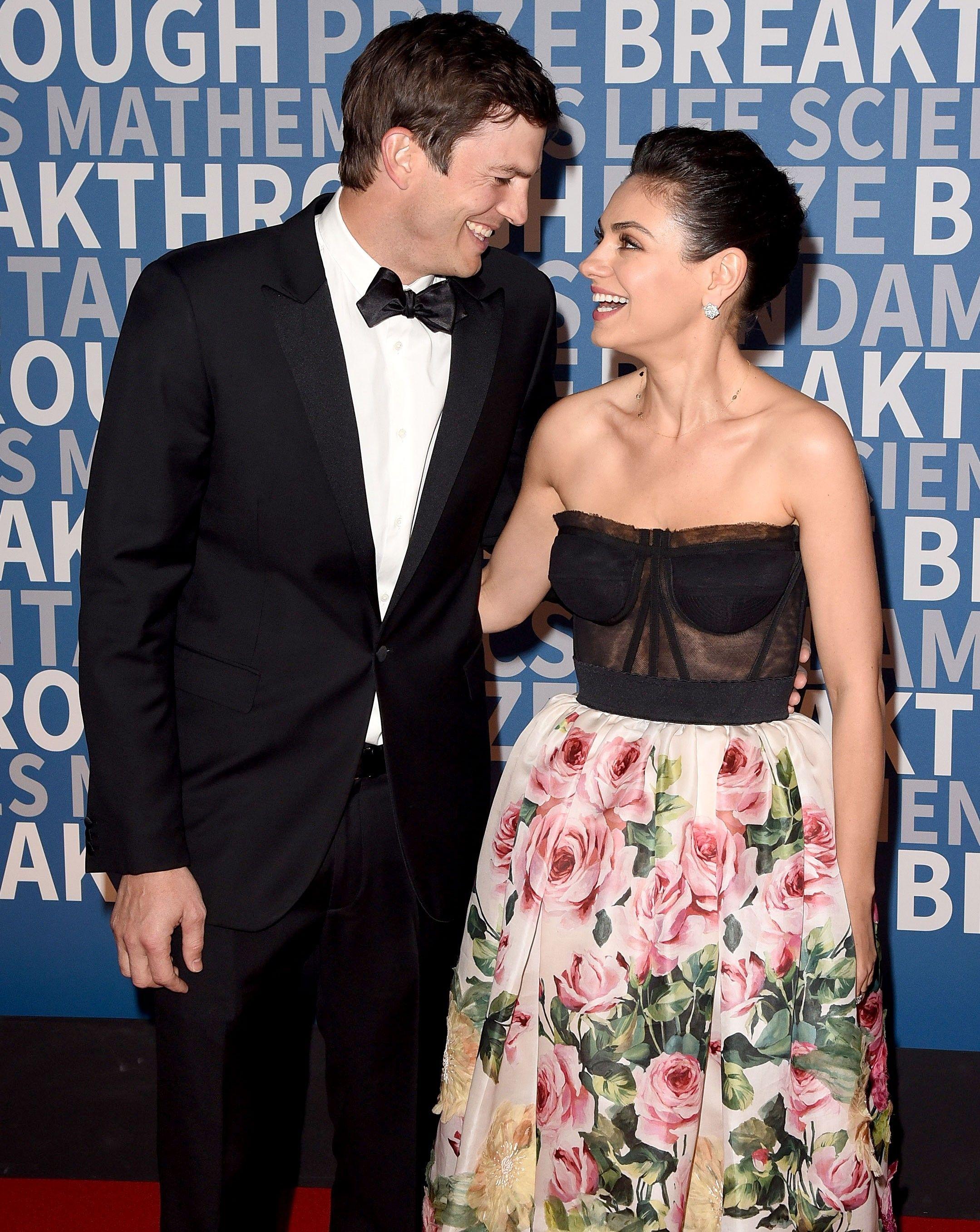 Mila Kunis And Ashton Kutcher S Wedding Day In Oak Glen California July 2015 Bridesmaid Dresses Wedding Dresses White Dress