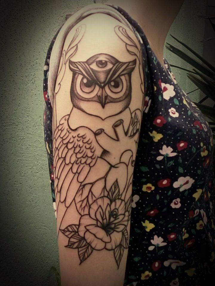 Tattoo coruja em progresso...