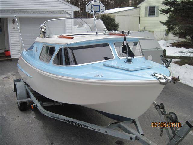 1000+ ideas about Cabin Cruiser on Pinterest | Boats, Chris craft ... | Boats | Cabin cruiser ...