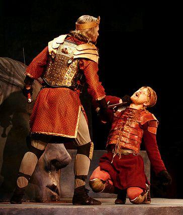 Siward's son died on battle against Macbeth, he died like a man ...
