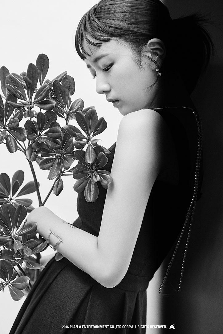 #Apink Bomi - Pink Revolution Monotone Teasers
