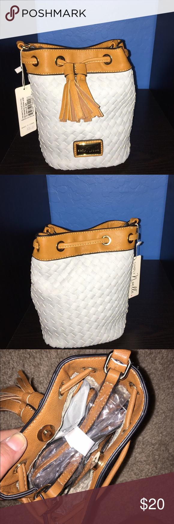 2bfcef657a61 Mini purse Super cute never worn never even opened purse