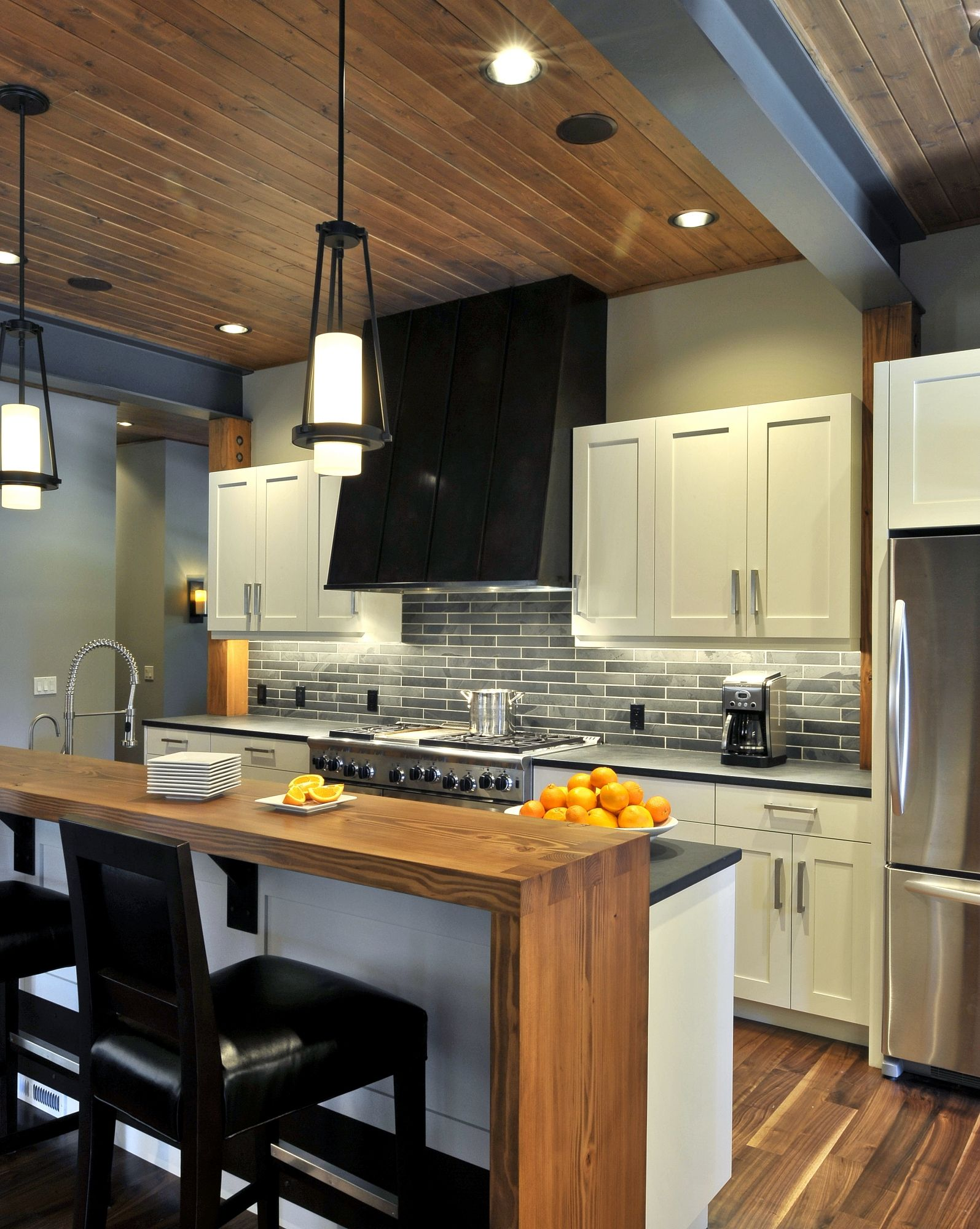 Raised Kitchen Floor Contemporary Home Contemporary Kitchen Island With Raised Bar
